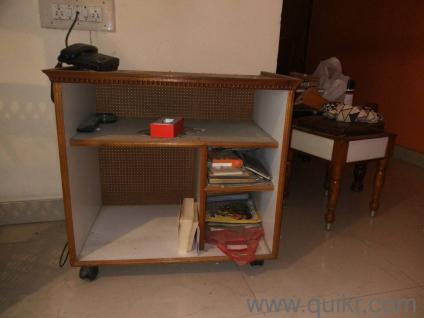 TV Stand With Trolley In Kathriguppe Bangalore Home