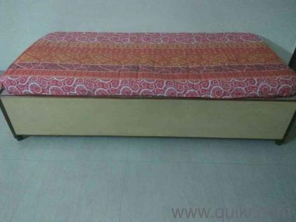 Used diwan bangalore online furniture shopping new used for Old diwan bed
