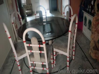 Its good dining table and its been gently used and is in very