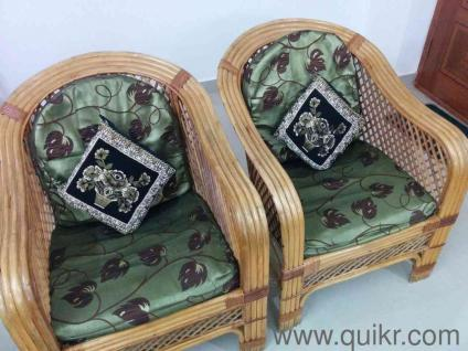 Cane sofa set ++ with glass center table and Cushions.Gently
